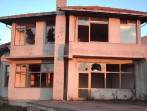 Serbia_bankrupt_house